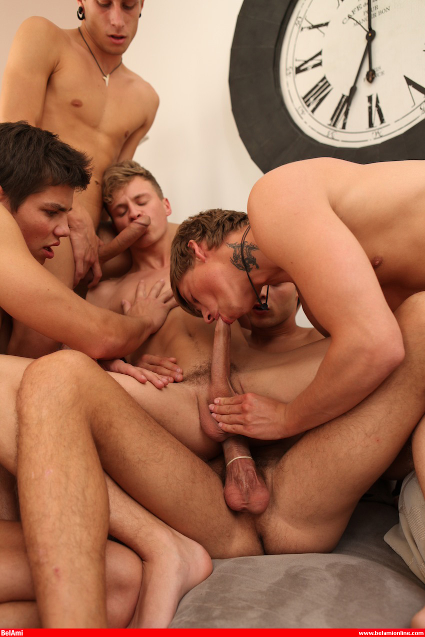 ffm threesome ass gallery