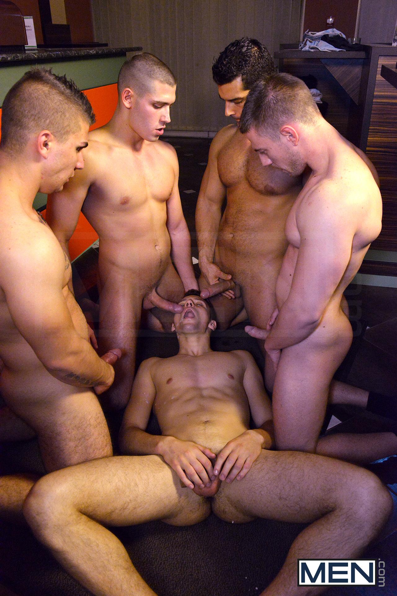 naked sexy men blowjob