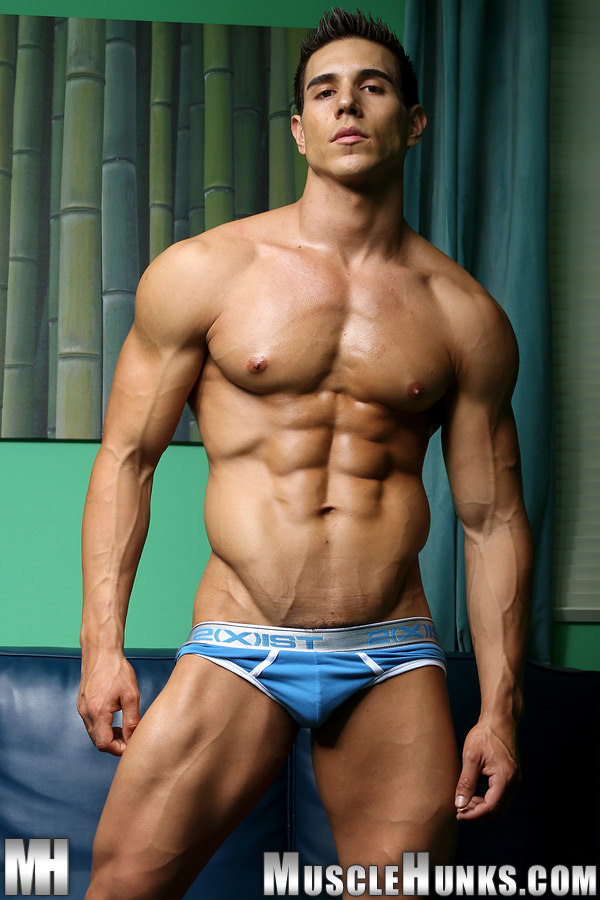 sex-french-naked-hunks-infections-pictures