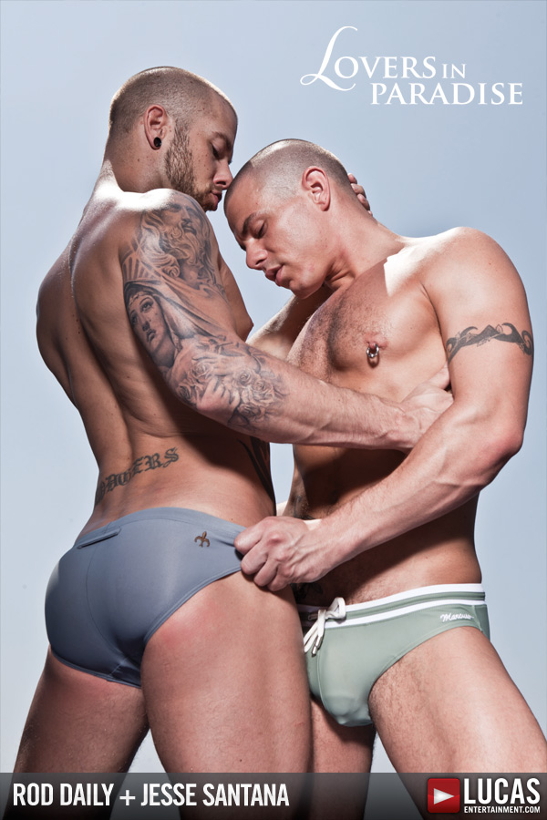 open hot beefy guy teasing the head who