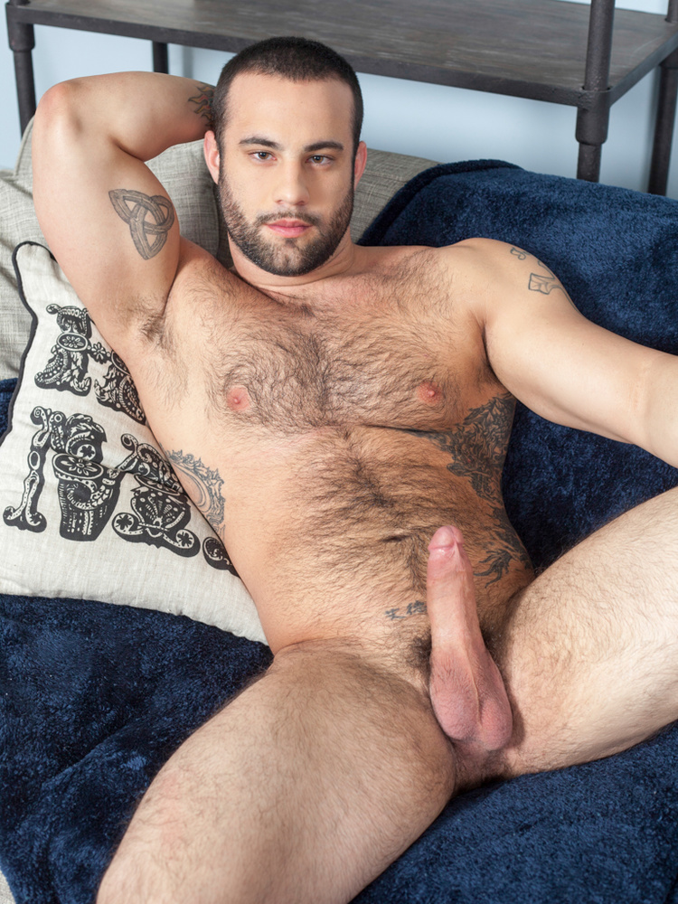 Horny hung men