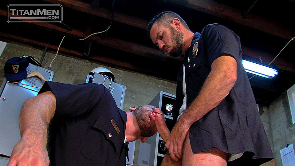 Gay cops sucking cock