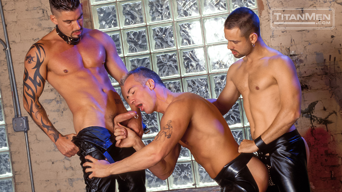 leather-gay-sex-clip