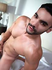 FILL ME DEEP WITH ARAD WINWIN AND AUSTIN AVERY