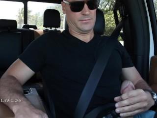 Sean Lawless jacks off in Traffic!
